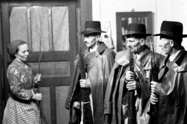 A vesszőzés hagyománya ősi szokás (Forrás: magyarmuzeumok.hu)